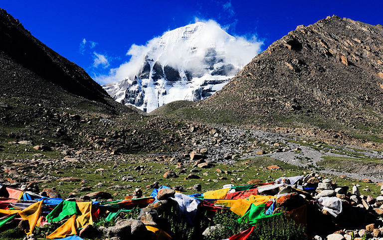Mt Kailash Lake Manasarovar Trekking Tour