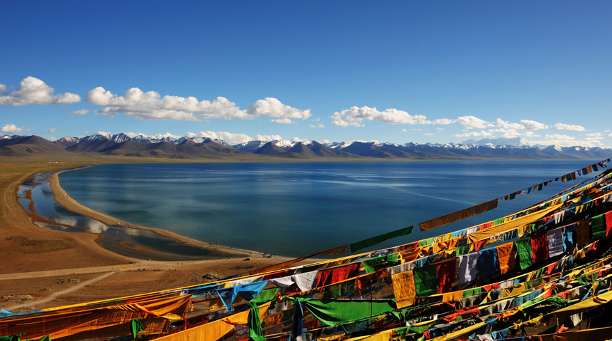 Use Your Lens to Record the Breathtaking Landscape of Namtso Lake