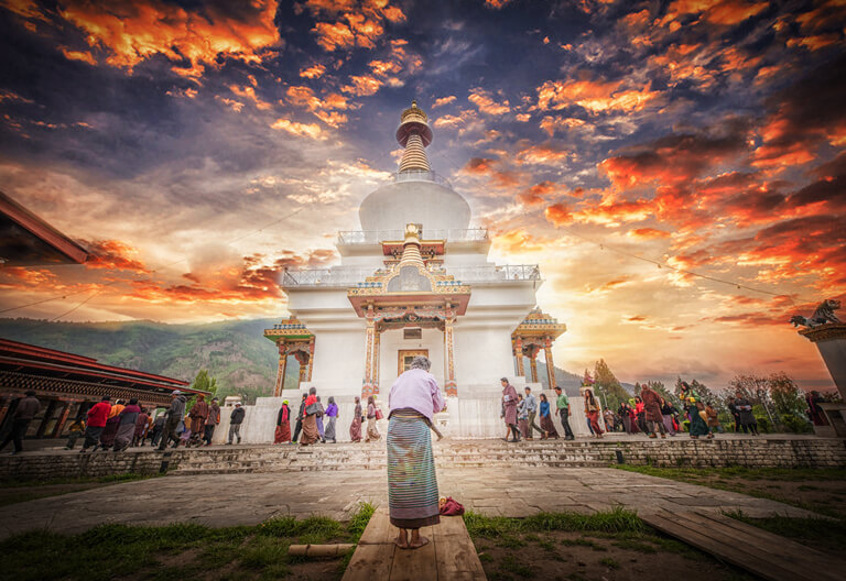 Pilgrimages make kora around Bhutan National Memorial Chorten
