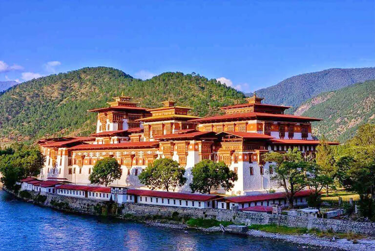 Punakha Dzong in a Sunny Day