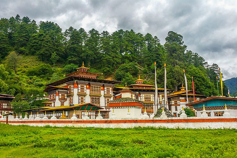 Bhutan Travel Guide and Tips 2021/2022