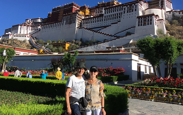 Belgium's family visited Potala Palace with Tibet Discovery
