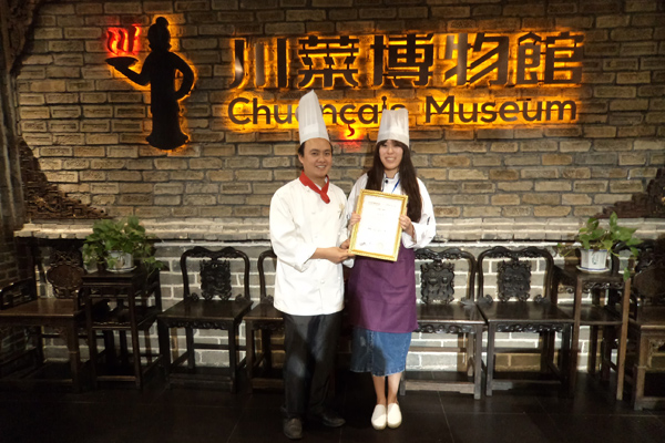 Catherine experienced cooking class in Chengdu