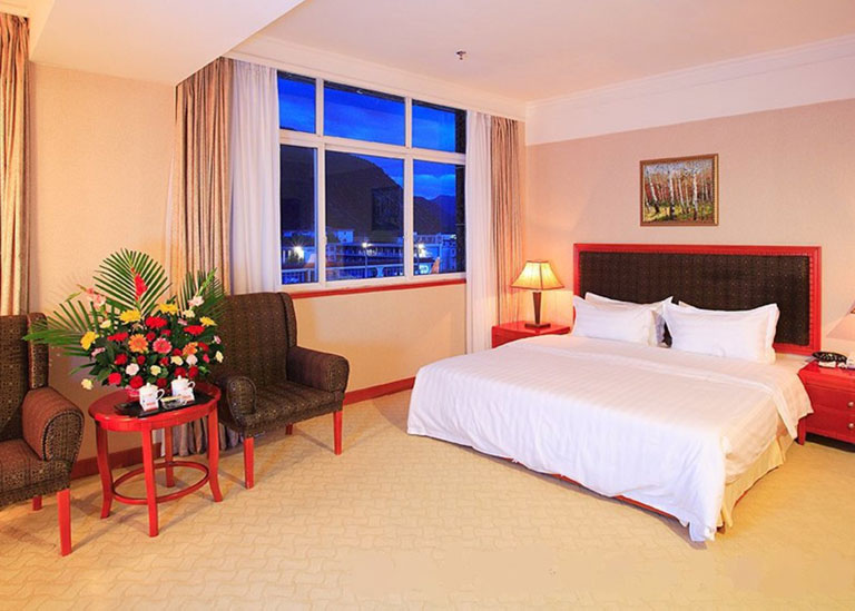 Chongqing Xiaotian'e Hotel King bed room