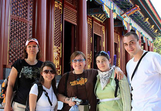 Foreign Students Travel in Beijing